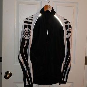 Assos cycling jacket size